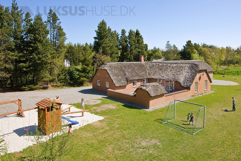 Sommerhus til 22 personer ved Vester Husby