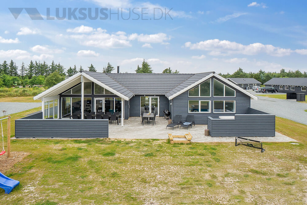Sommerhus til 18 personer ved Blåvand