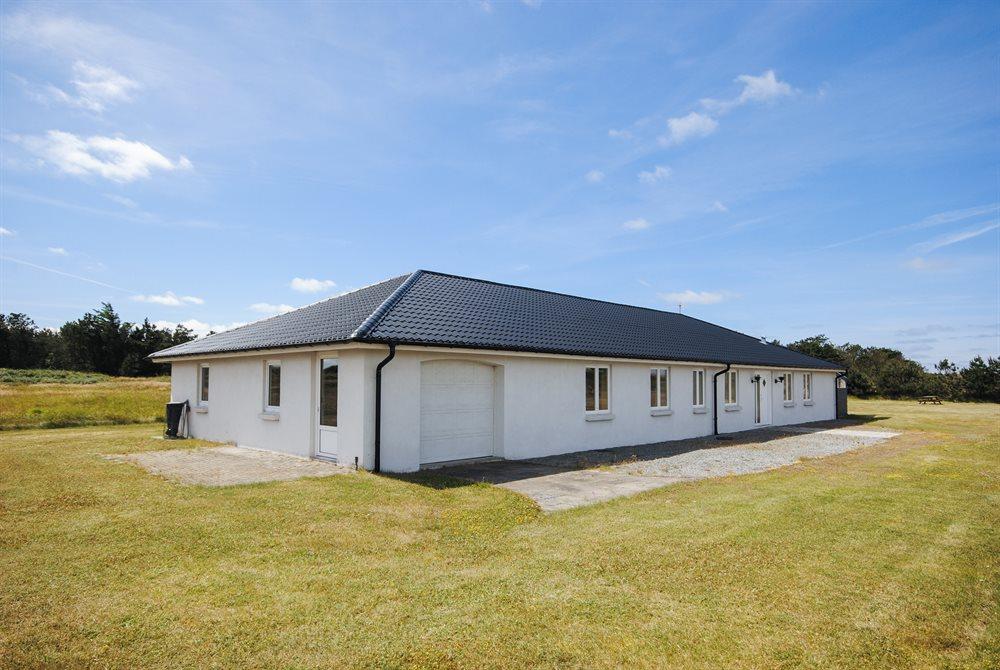 Sommerhus til 10 personer ved Stenbjerg