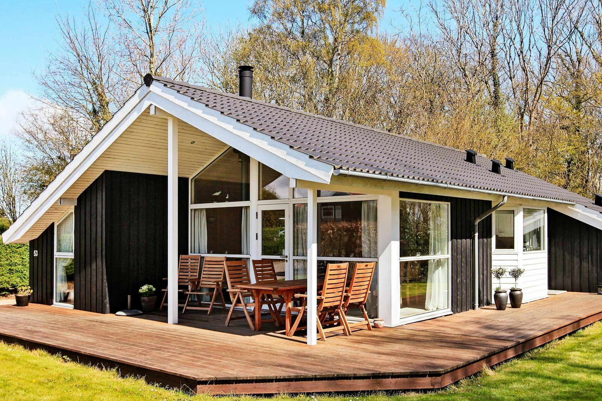 Sommerhus til 7 personer ved Frørup