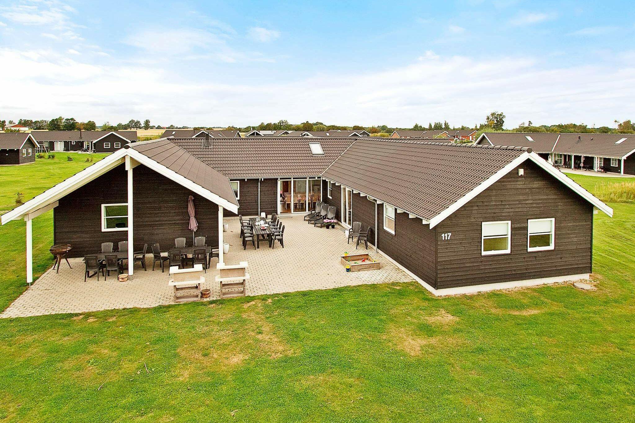 Sommerhus til 24 personer ved Idestrup