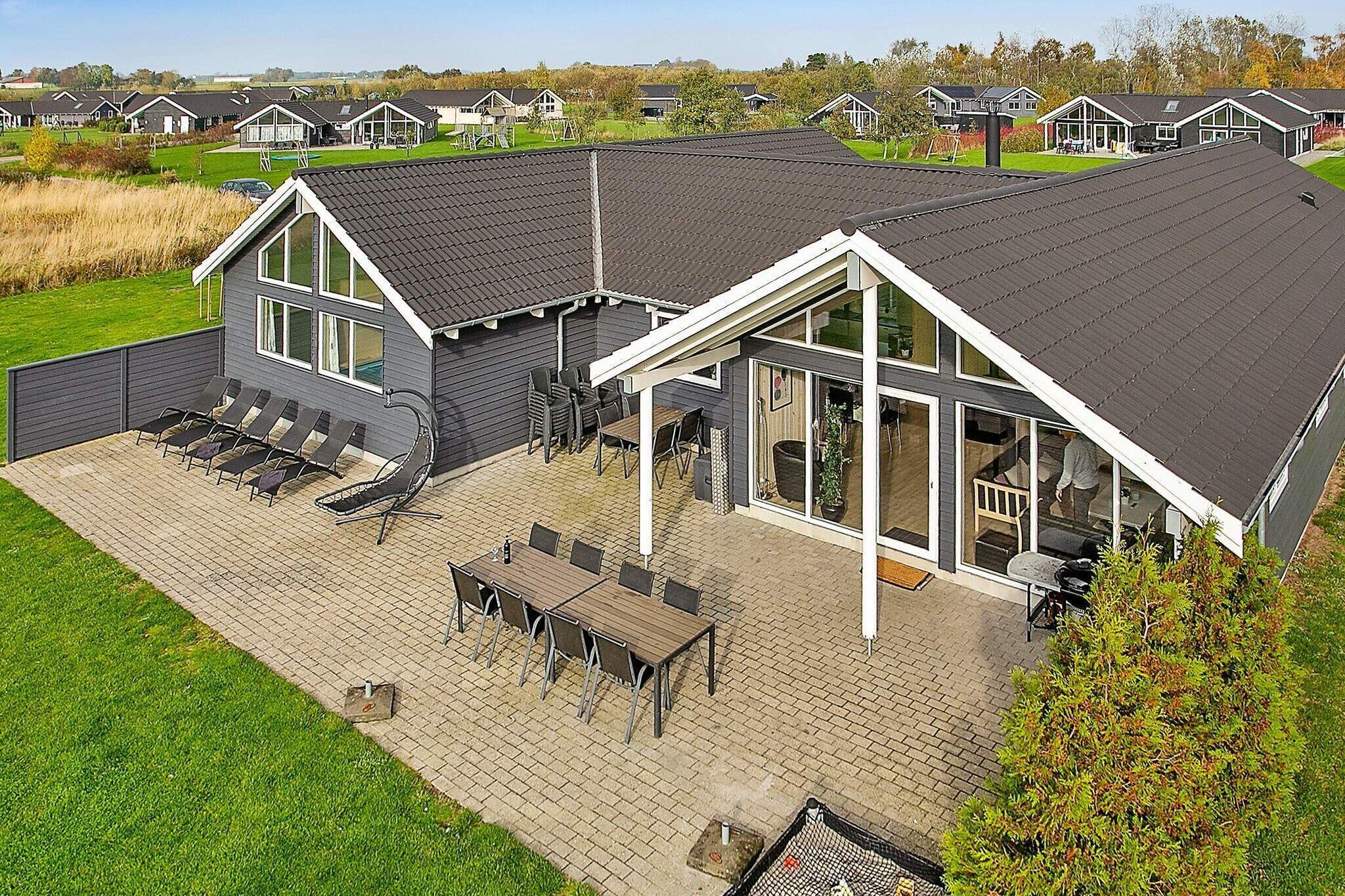 Sommerhus til 18 personer ved Idestrup