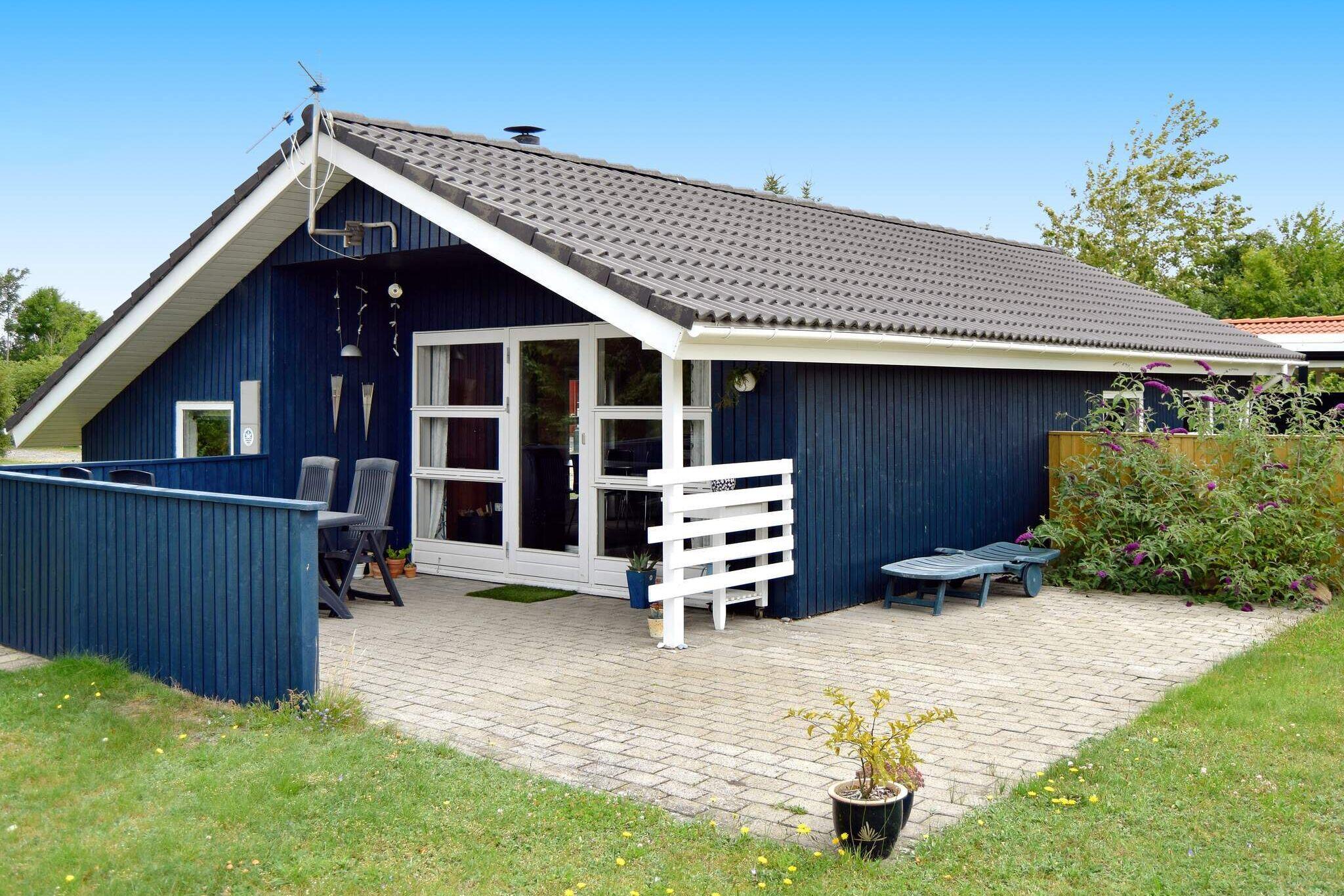 Sommerhus til 6 personer ved Tarm