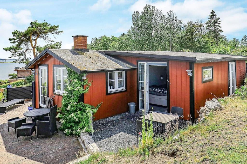 Sommerhus til 2 personer ved Martofte