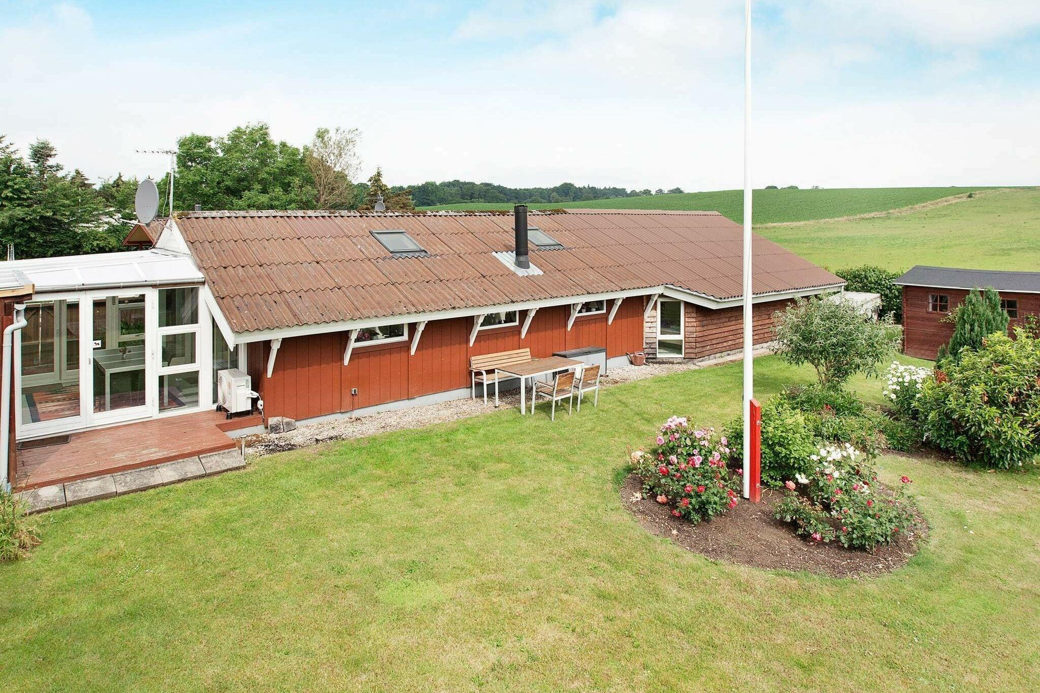 Sommerhus til 6 personer ved Rønde