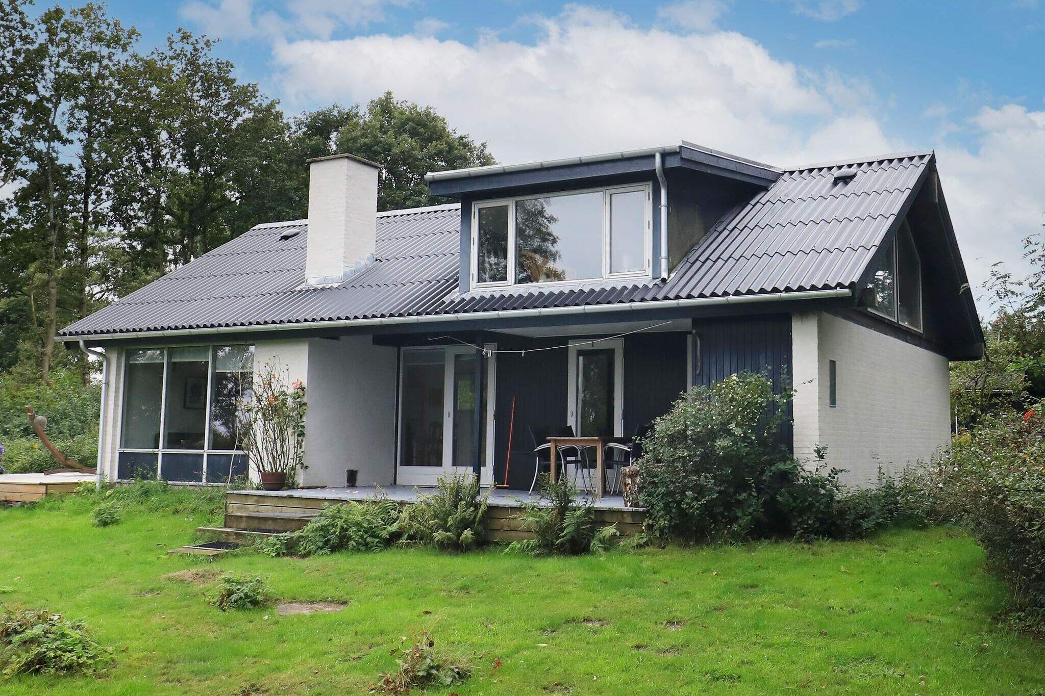 Sommerhus til 6 personer ved Roslev