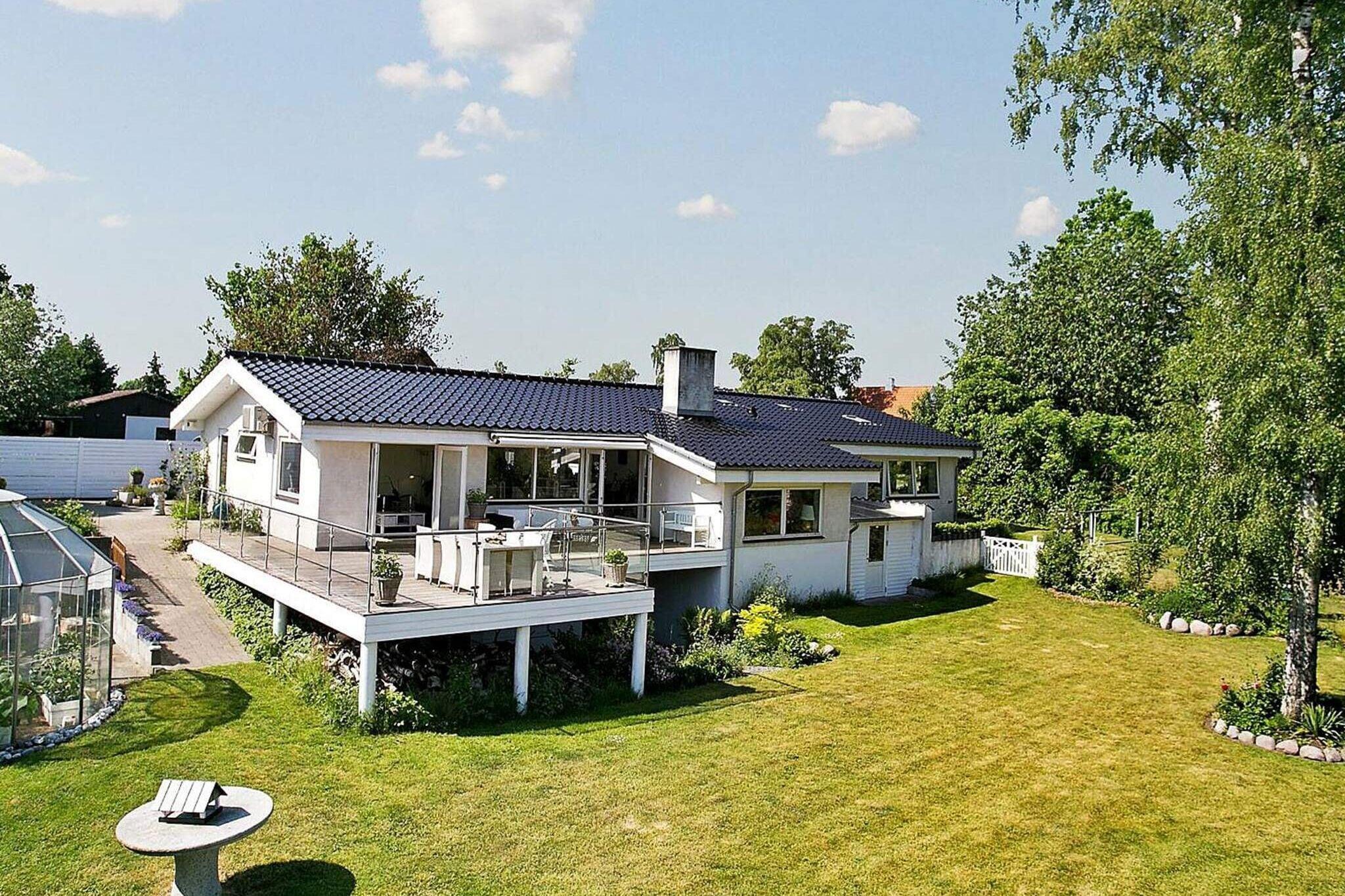 Sommerhus til 8 personer ved Strøby