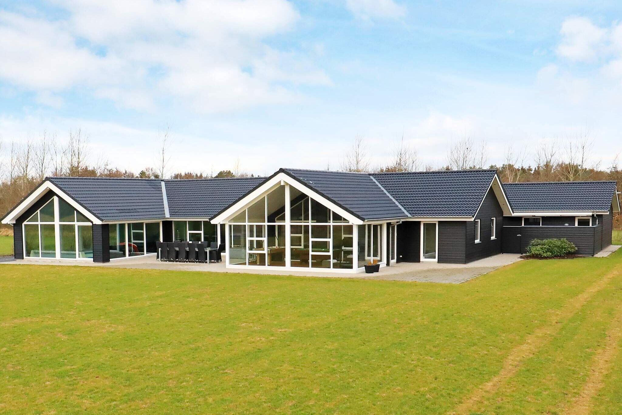 Sommerhus til 12 personer ved Højslev