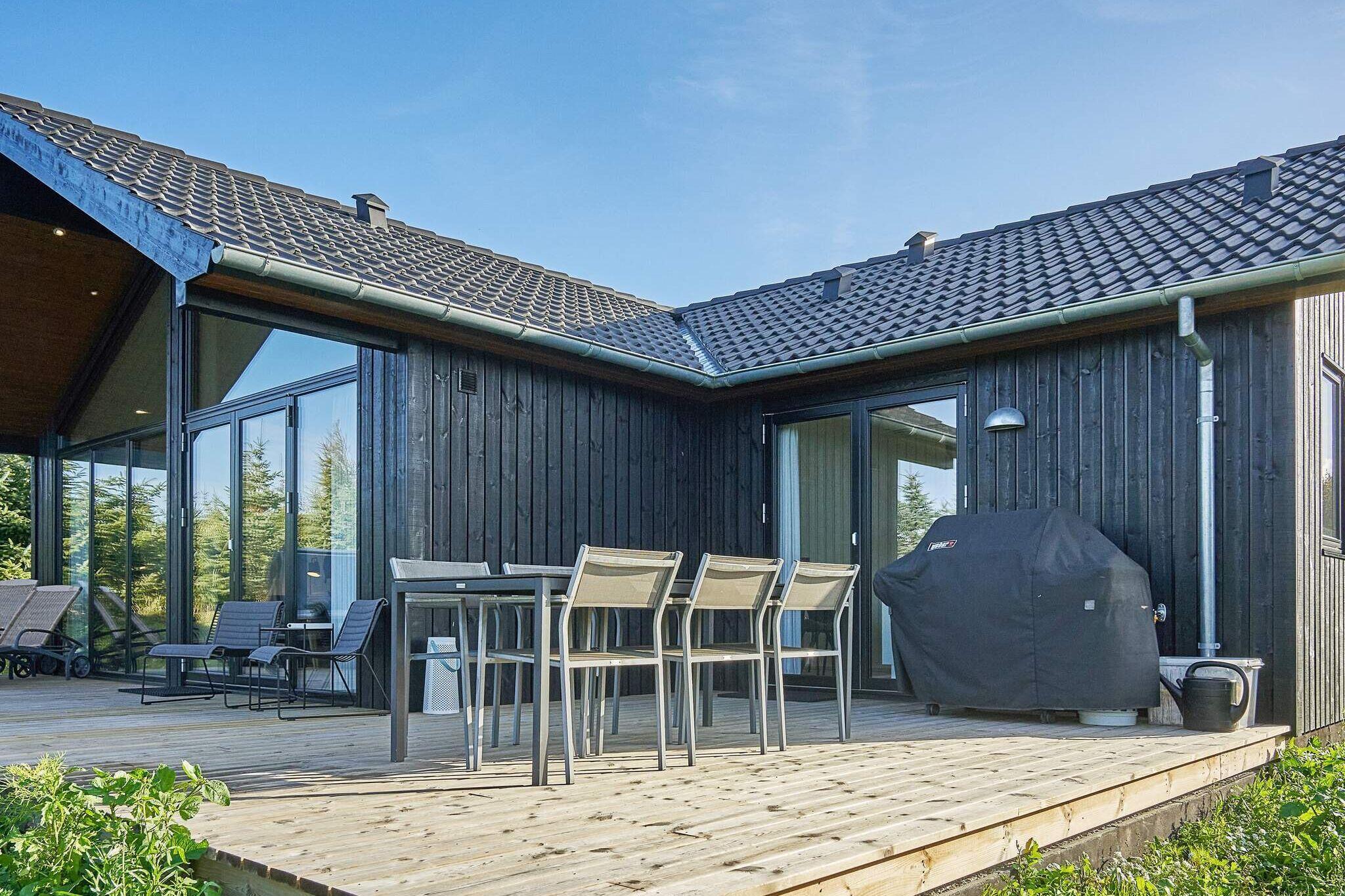 Sommerhus til 8 personer ved Åkirkeby